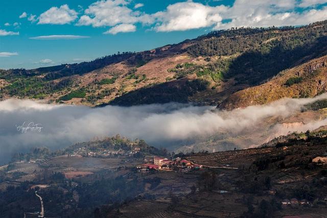 Cảnh đẹp ngỡ ngàng trên vùng cao Y Tý - Ảnh 1.