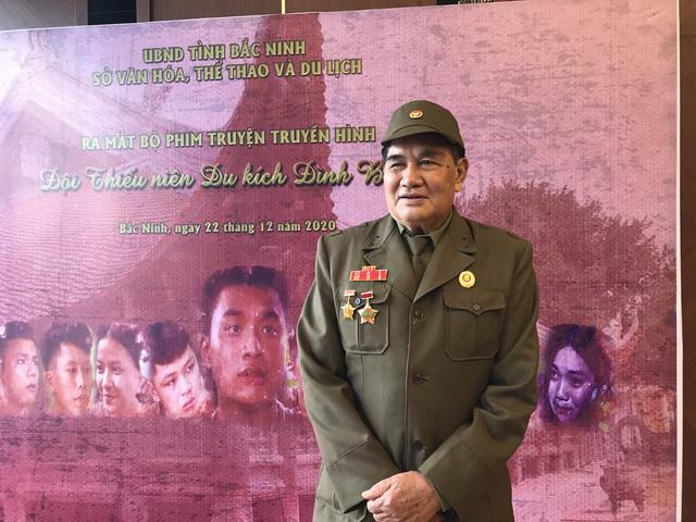 Đạo diễn Trần Vịnh: Làm phim chiến tranh để trả nợ những người đã ngã xuống - Ảnh 1.