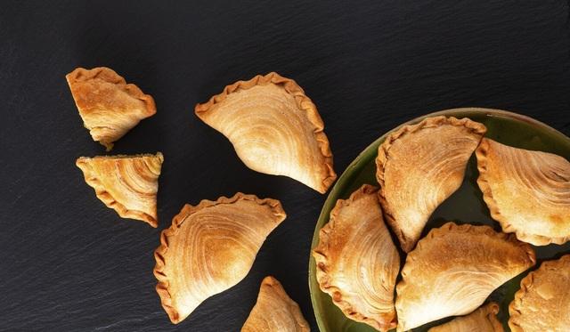 Sự pha trộn giữa văn hóa và ẩm thực: Món ăn trứ danh Việt Nam bất ngờ vì nguồn gốc thực sự? - Ảnh 1.
