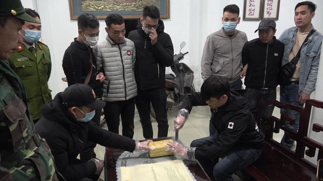Lào Cai: Triệt phá chuyên án ma túy lớn thu giữ hơn 20.000 viên ma túy tổng hợp - Ảnh 1.