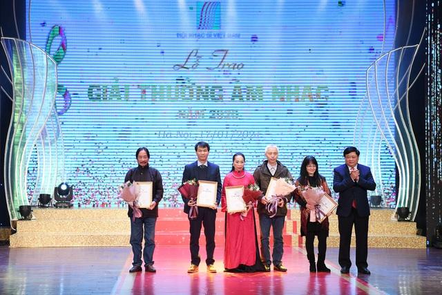 78 tác phẩm được trao Giải thưởng Âm nhạc năm 2020 - Ảnh 3.