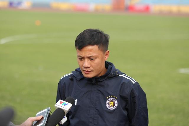"""Tiền vệ Thành Lương: """"Kinh nghiệm của HLV Phan Thanh Hùng sẽ là bất lợi với Hà Nội FC"""" - Ảnh 1."""