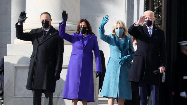 """Thời trang Mỹ """"lên ngôi"""" tại lễ nhậm chức, gợi nhớ tới kỷ nguyên Obama - Ảnh 1."""