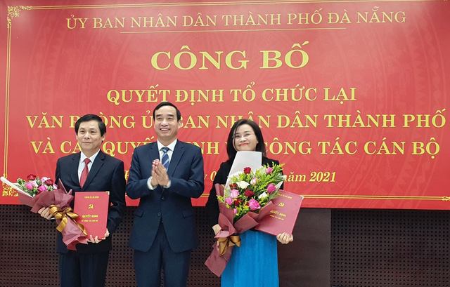 Đà Nẵng công bố quyết định thành lập, bổ nhiệm lãnh đạo Văn phòng Đoàn Đại biểu Quốc hội và HĐND TP - Ảnh 2.