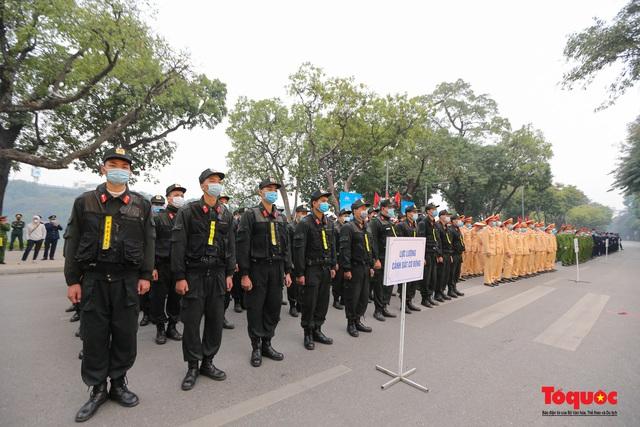 Lễ phát động ra quân Năm An toàn giao thông 2021 - Ảnh 3.