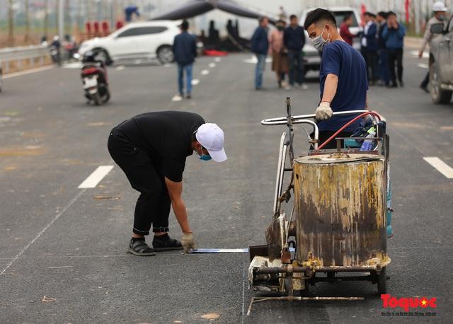 Toàn cảnh nút giao Cổ Linh với cao tốc Hà Nội Hải Phòng hơn 400 tỷ trước ngày thông xe - Ảnh 8.