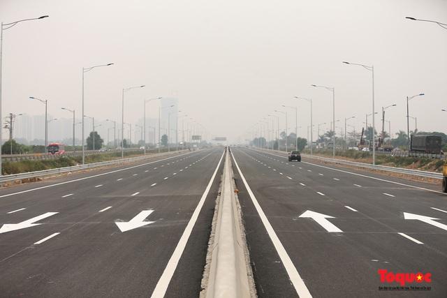 Toàn cảnh nút giao Cổ Linh với cao tốc Hà Nội Hải Phòng hơn 400 tỷ trước ngày thông xe - Ảnh 7.