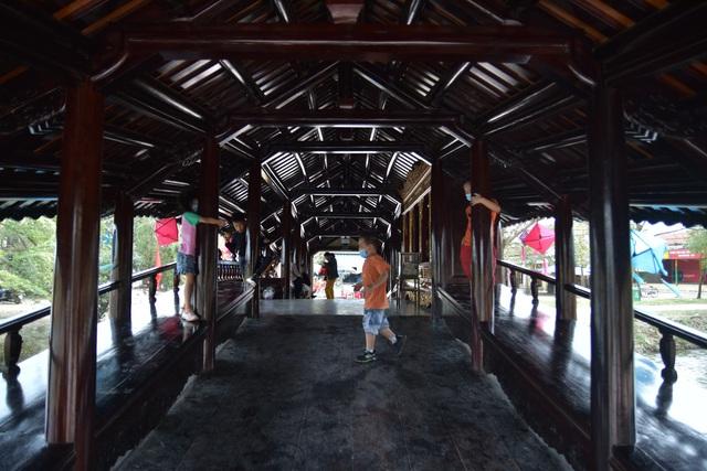 """Hình ảnh cầu ngói Thanh Toàn gần 250 tuổi sau """"đại trùng tu"""" - Ảnh 5."""