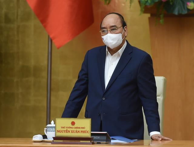 Thủ tướng: Bộ Y tế tiếp nhận các kênh có vaccine quan tâm tới Việt Nam để có khối lượng cần thiết tiêm cho nhân dân - Ảnh 1.