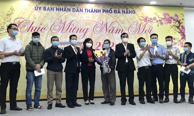 Đoàn y, bác sĩ Đà Nẵng lên đường chi viện cho Gia Lai truy vết, xử lý dịch Covid-19 - Ảnh 1.
