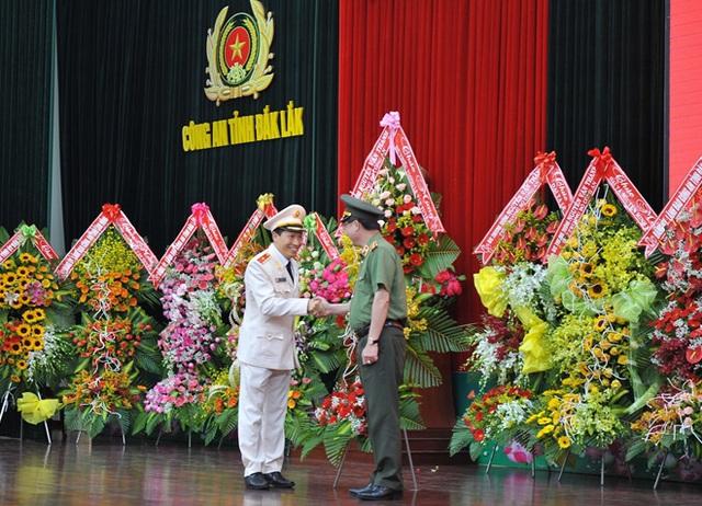 Thiếu tướng Lê Văn Tuyến được bổ nhiệm làm Phó Chủ nhiệm Ủy ban kiểm tra Đảng ủy Công an Trung ương - Ảnh 1.
