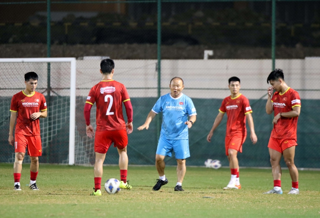 HLV Park Hang-seo: Sẵn sàng nhận mọi chỉ trích nhưng không đồng ý những phê phán hướng tới cầu thủ - Ảnh 1.