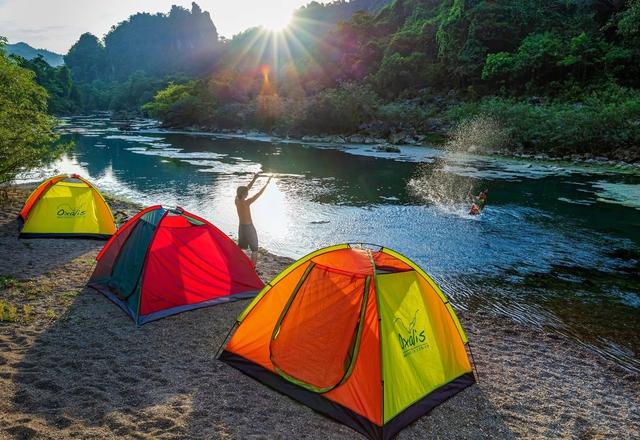 Quảng Bình thực hiện các hoạt động du lịch trong trạng thái bình thường mới - Ảnh 1.