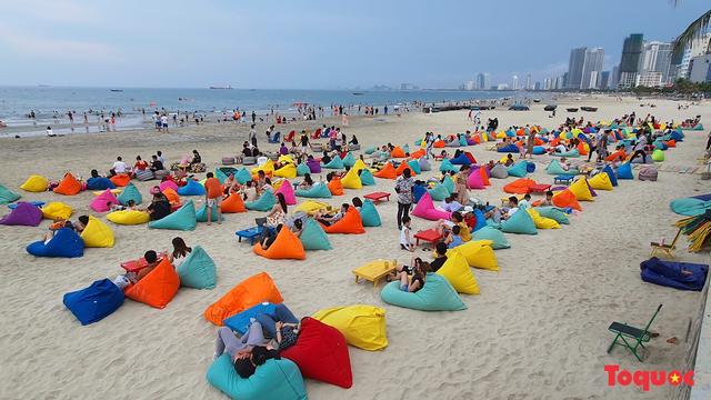 """Đà Nẵng tính phương án cho người dân đi du lịch trong thành phố từ ngày 20/10; thực hiện """"bong bóng du lịch"""" từ tháng 11 - Ảnh 1."""