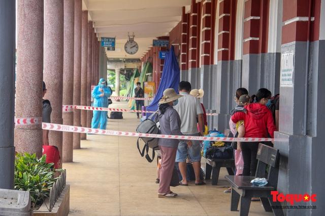 Thêm gần 600 công dân được Thừa Thiên Huế đón về quê bằng tàu hỏa - Ảnh 11.