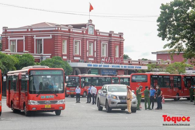 Thêm gần 600 công dân được Thừa Thiên Huế đón về quê bằng tàu hỏa - Ảnh 17.