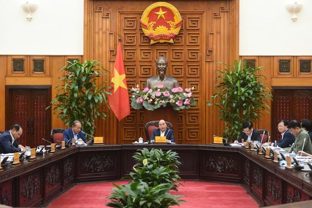 Thủ tướng Nguyễn Xuân Phúc: Nhà nước đầu tư cao tốc không nhằm kinh doanh thu lợi nhuận - Ảnh 1.
