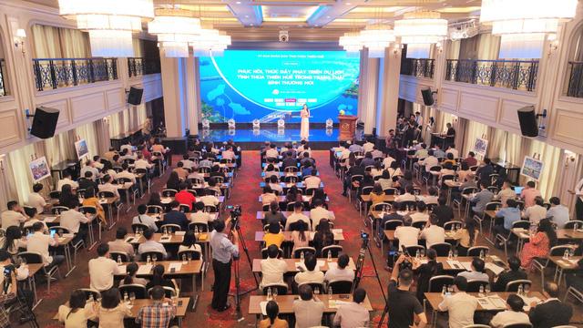Thừa Thiên Huế bàn cách phục hồi, phát triển du lịch trong trạng thái bình thường mới - Ảnh 1.