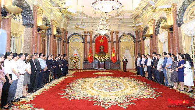 Trao quyết định ông Lê Khánh Hải giữ chức vụ Chủ nhiệm Văn phòng Chủ tịch nước  - Ảnh 1.