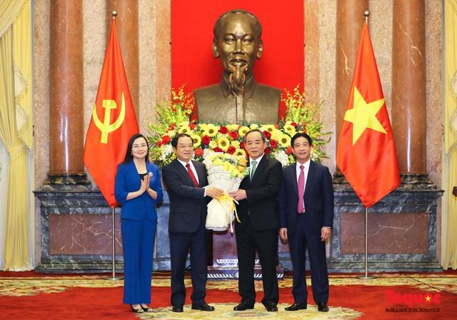 Trao quyết định ông Lê Khánh Hải giữ chức vụ Chủ nhiệm Văn phòng Chủ tịch nước  - Ảnh 8.