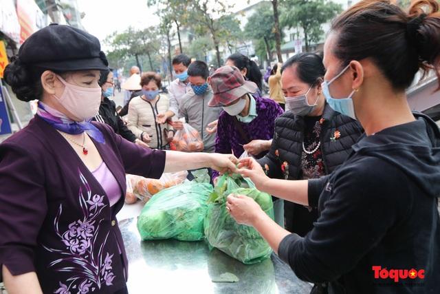 """""""Giải cứu"""" nông sản Hà Giang và Hải Dương, phát miễn phí đến bệnh nhân, người lao động nghèo - Ảnh 4."""