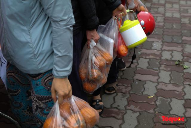 """""""Giải cứu"""" nông sản Hà Giang và Hải Dương, phát miễn phí đến bệnh nhân, người lao động nghèo - Ảnh 6."""