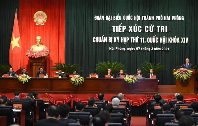 Tiếp xúc cử tri, Thủ tướng nhớ lại một lần lỡ hẹn  - Ảnh 1.