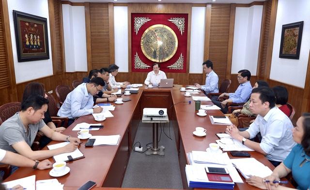 Thứ trưởng Tạ Quang Đông: Sớm giải quyết những tồn đọng tại Học viện Múa Việt Nam trên tinh thần đảm bảo quyền lợi cho học sinh - Ảnh 2.