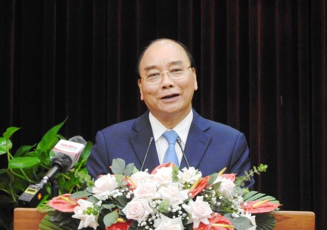 Chủ tịch nước Nguyễn Xuân Phúc làm việc với TP Đà Nẵng và tỉnh Quảng Nam - Ảnh 2.