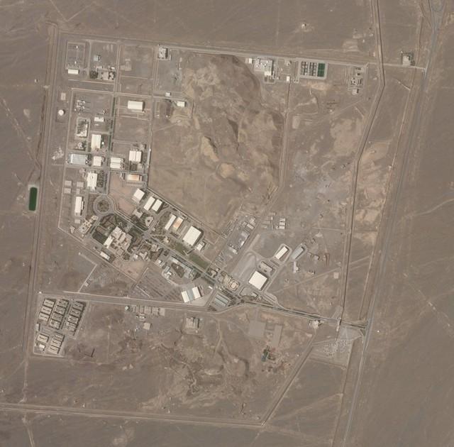 Iran cáo buộc Israel tấn công cơ sở hạt nhân Natanz - Ảnh 1.