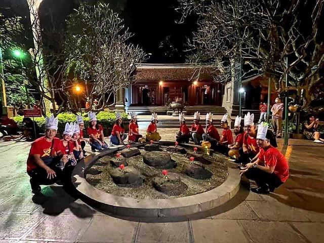 """Phú Thọ: Công bố tour du lịch đêm Đền Hùng """"Trở về cội nguồn - linh thiêng Đất Tổ"""" - Ảnh 3."""