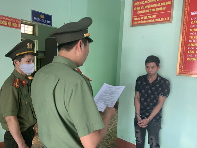 Khởi tố đối tượng đưa 9 người Trung Quốc nhập cảnh trái phép - Ảnh 1.
