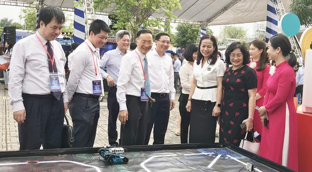 Hàng nghìn lượt khách tham gia Ngày hội Công nghệ Thông tin ngành Giáo dục Hà Nội năm 2021 - Ảnh 2.
