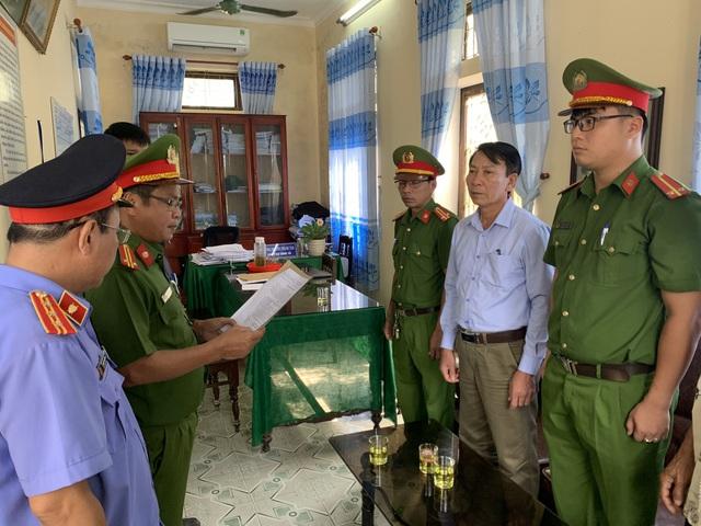 Thừa Thiên Huế: Bắt một nguyên Chủ tịch xã vì tham ô tài sản - Ảnh 1.