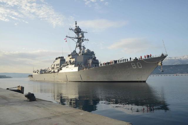 Mỹ hoãn kế hoạch gửi tàu chiến đến Biển Đen - Ảnh 1.