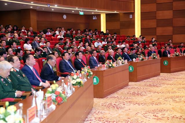 Tổng Bí thư Nguyễn Phú Trọng dự lễ kỷ niệm 70 năm Ngày Truyền thống Bệnh viện Trung ương Quân đội 108 - Ảnh 3.