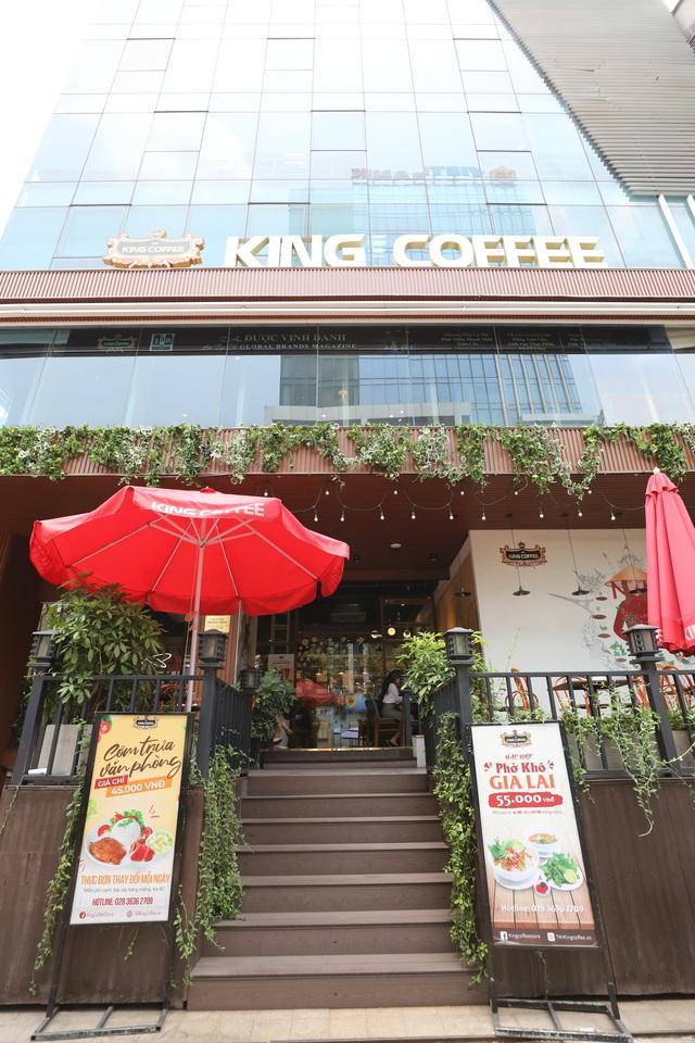 King Coffee Võ Văn Tần, cửa hàng cà phê sách sang-xịn-mịn team thích check-in không thể bỏ qua - Ảnh 1.