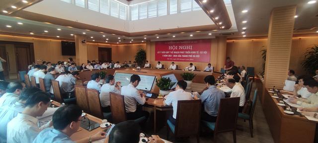 Chủ tịch Hà Nội: Cải tạo chung cư cũ là nhiệm vụ hàng đầu, quyết tâm thực hiện bằng được trong nhiệm kỳ - Ảnh 3.