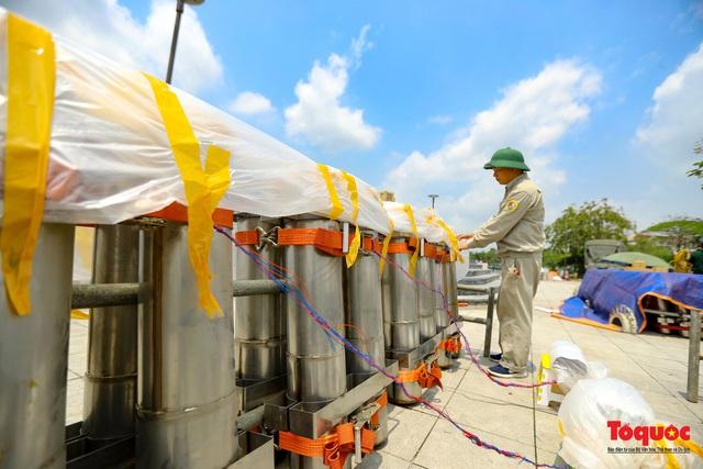 Cận cảnh trận địa pháo hoa kỷ niệm lễ Giỗ tổ Hùng Vương (10.3 Âm lịch) - Ảnh 11.