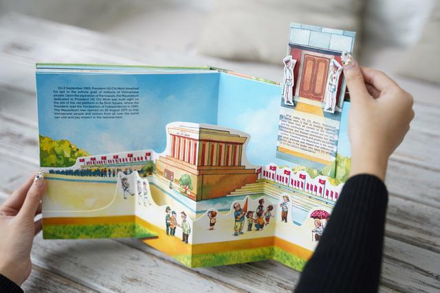 Tái hiện ngàn năm Thăng Long – Hà Nội qua sách dựng hình 3D - Ảnh 2.