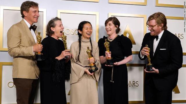Khoảnh khắc đặc biệt: Oscar truyền cảm hứng lan tỏa giữa đại dịch - Ảnh 3.