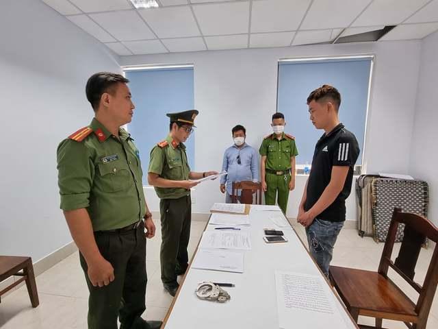 Bắt 14 đối tượng tiếp tay cho người nước ngoài nhập cảnh trái phép  - Ảnh 2.