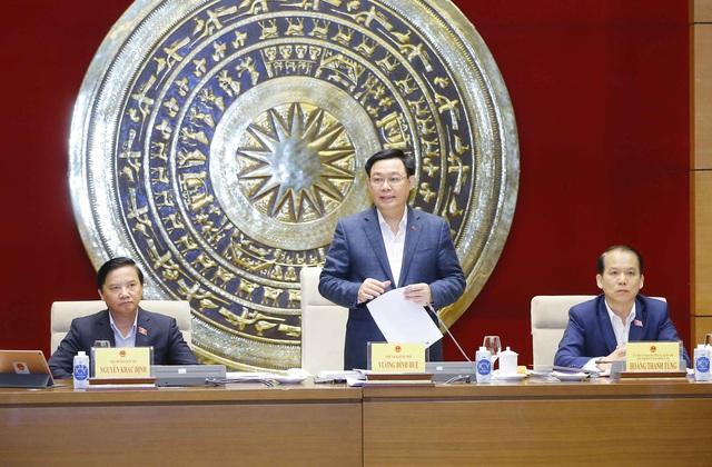 Chủ tịch Quốc hội: Cần quan tâm đến khía cạnh xã hội trong các vấn đề kinh tế và tính kinh tế trong các chính sách xã hội - Ảnh 2.
