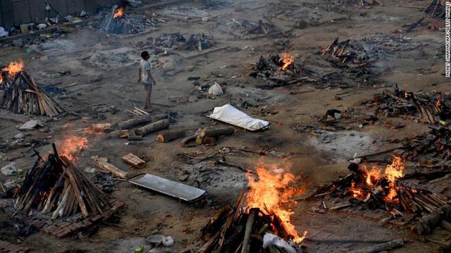 """Chuyên gia WHO cảnh báo nguyên nhân gây ra """"sóng thần"""" Covid-19 ở Ấn Độ - Ảnh 1."""