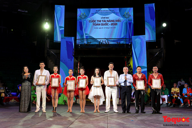 Bế mạc Cuộc thi Tài năng Xiếc toàn quốc 2021 - Ảnh 13.