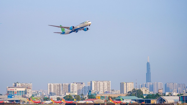 Bamboo Airways nghiên cứu áp dụng hộ chiếu vaccine, sẵn sàng bay quốc tế từ tháng 4 - Ảnh 2.