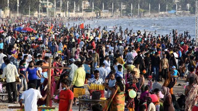 Ấn Độ ghi nhận kỷ lục mới lên tới 103.558 ca nhiễm Covid-19 mỗi ngày - Ảnh 1.