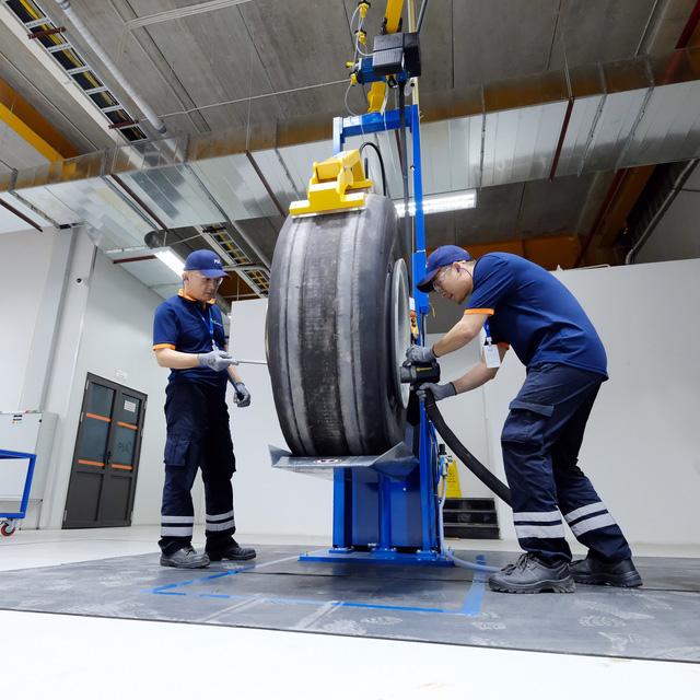 Tập đoàn PIA cung cấp dịch vụ kỹ thuật hàng không chuyên nghiệp và chất lượng được Cục Hàng không phê chuẩn - Ảnh 5.