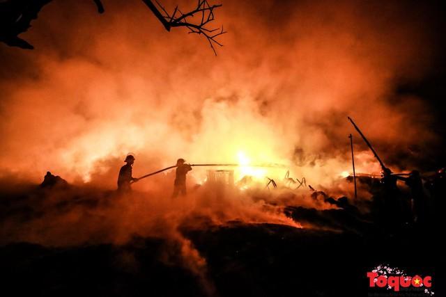 Các kĩ năng để thoát khỏi đám cháy khi xảy ra hỏa hoạn - Ảnh 1.