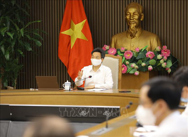 Phó Thủ tướng yêu cầu Bộ Y tế xây dựng kế hoạch cho kịch bản 30.000 người mắc COVID-19  - Ảnh 1.